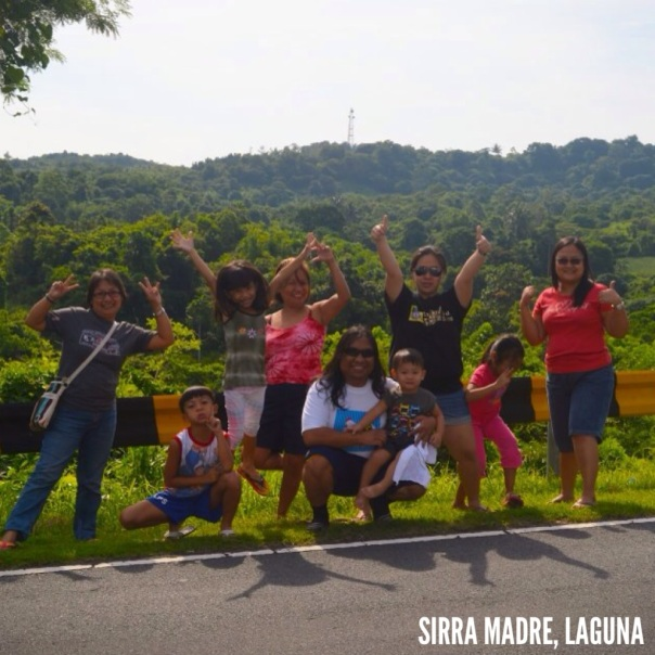 On the way to Los Banos Laguna.  A short break to stretch and have a photo opportunity with the Sierra Madre mountain range as back drop.