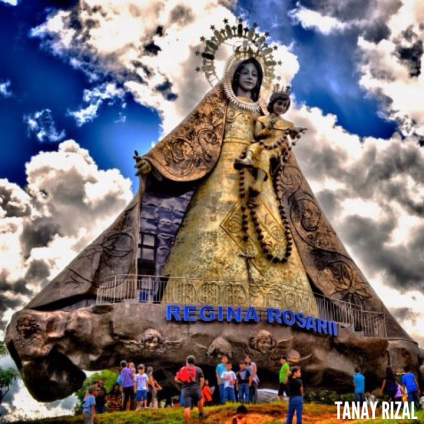Regina Rosarii is in Tanay Rizal, the lady towers and overlooks the southern portion of the Sierra Madre mountain range.