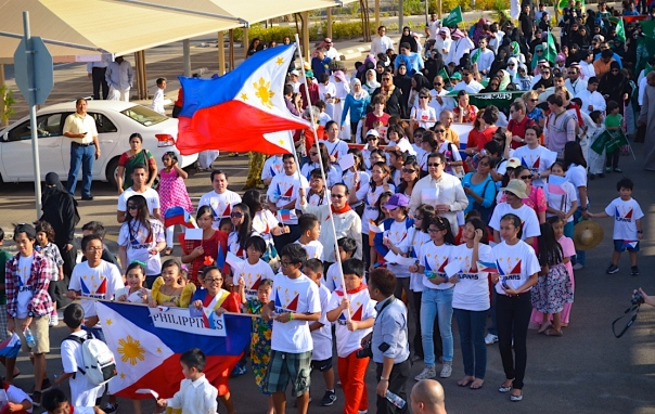 The solid Filipino Community entering the arena